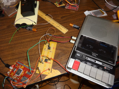 WDC W65C265SXB hooked up to an LM567 and a TRS-80 CCR-81 tape recorder.