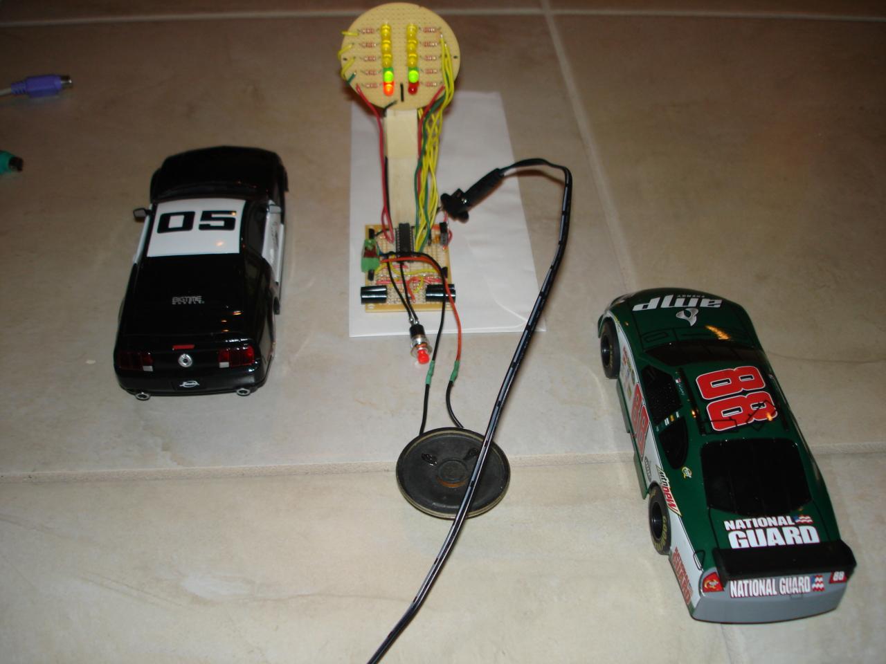 RC car drag racing Christmas tree